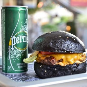 Photo credit: Street Burger